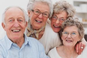 dispositif d'accompagnement renforcé à domicile - Personnes âgées heureuses